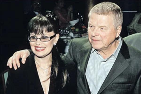 Михаил Кокшенов со второй женой, Еленой
