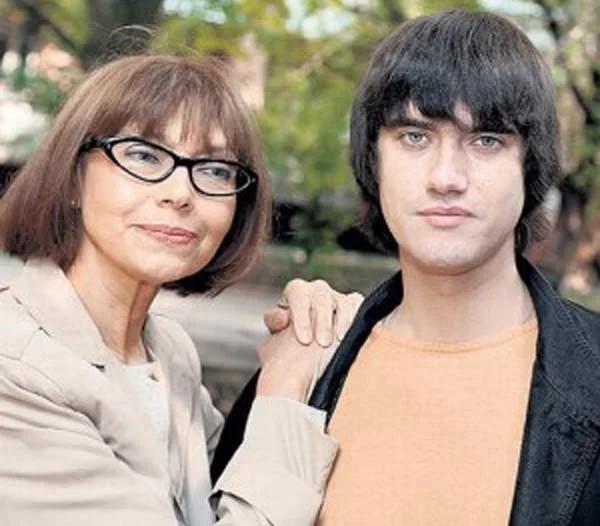 Елена Метелкина с сыном Александром