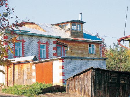 Домик Владимира Заманского и Натальи Климовой