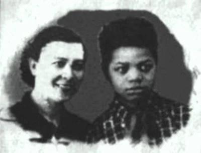 Толя Бавыкин с мамой