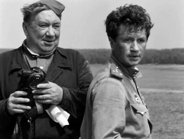 """Алексей Смирнов и Леонид Быков. """"В бой идут одни старики"""""""