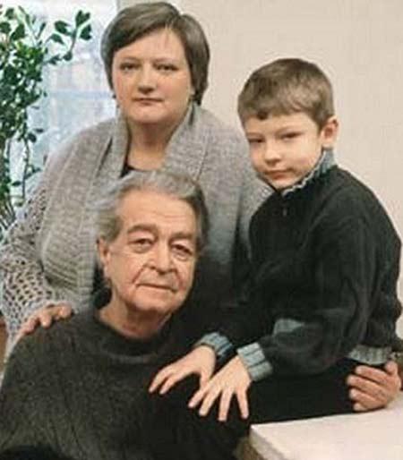 Владимир Сошальский с женой Светланой и сыном Володей