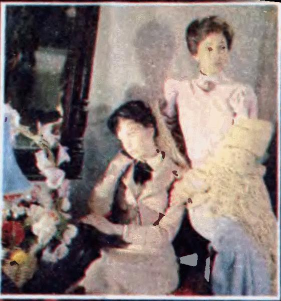 Анна Павлова (Г. Беляева) с матерью (С. Тома)