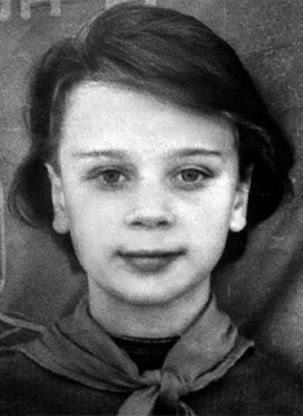 Люба Полищук в детстве