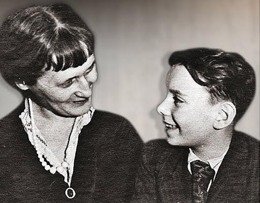 Анна Ахматова и Алексей Баталов