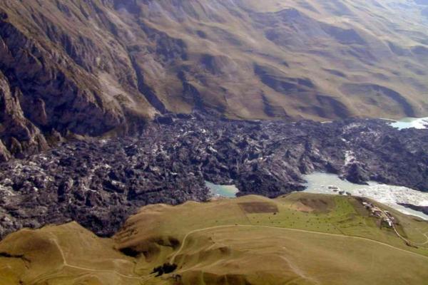 Кармадонское ущелье после схода ледника