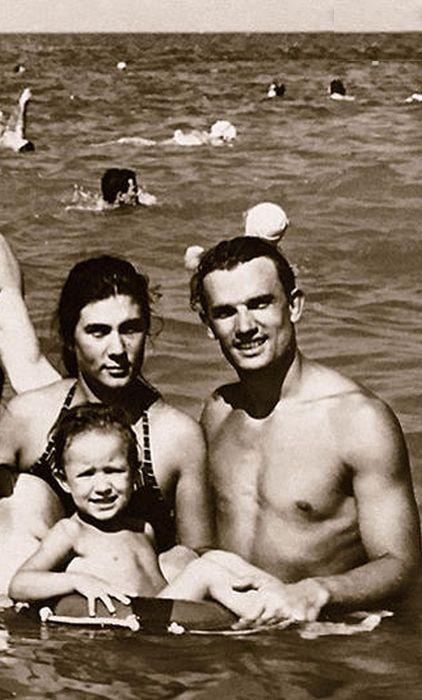 Евгений и Ольга Урбанские с дочерью Олей