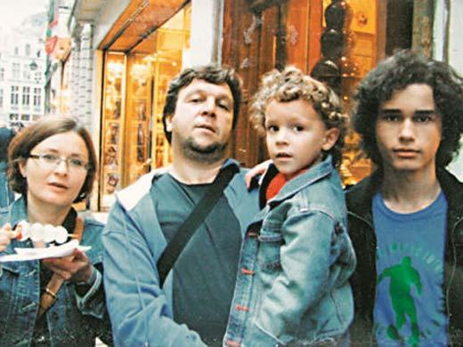 Федор Достоевский с женой Ириной и сыновьями