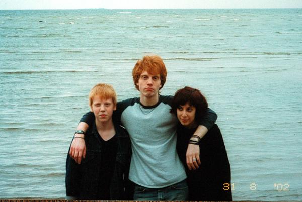 Дмитрий с женой и сыном
