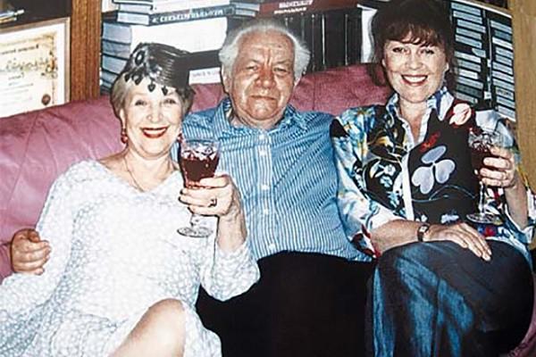 Клара Лучко с мужем Дмитрием Мамлеевым и дочерью Оксаной