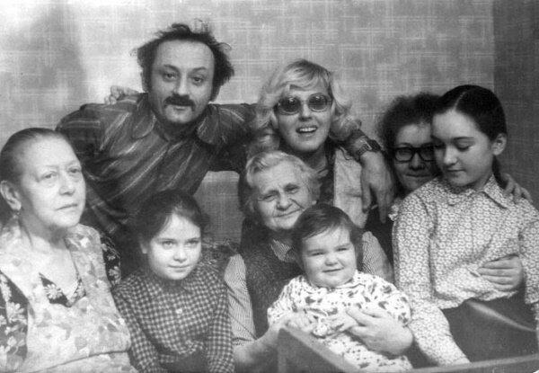 Семен Фарада в кругу семьи
