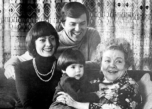 Зоя Федорова, дочь Виктория, зять Фредерик и внук Кристофер