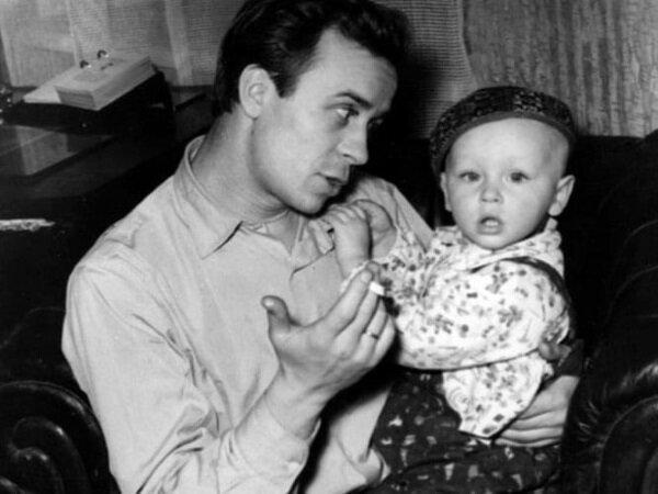 Олег Борисов с сыном Юрой